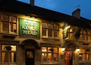 kings-head-dursley-exterior